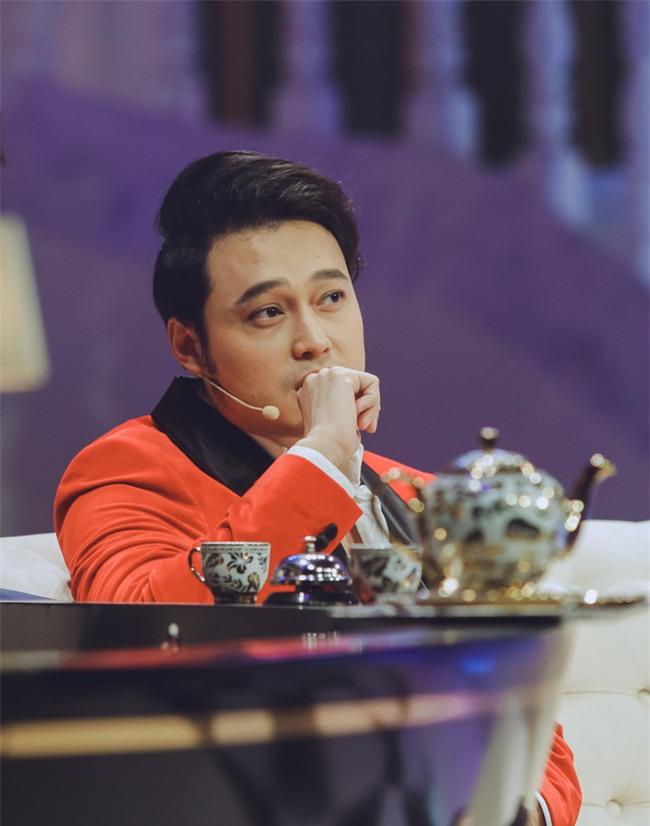 [Video] Quang Vinh nghẹn ngào tiết lộ chuyện bố mẹ ly dị, gia đình khủng hoảng - Ảnh 3.