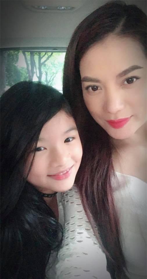 Mới 9 tuổi con gái Trương Ngọc Ánh đã gây bất ngờ bởi khả năng nói tiếng Anh cực chuẩn - Ảnh 2.