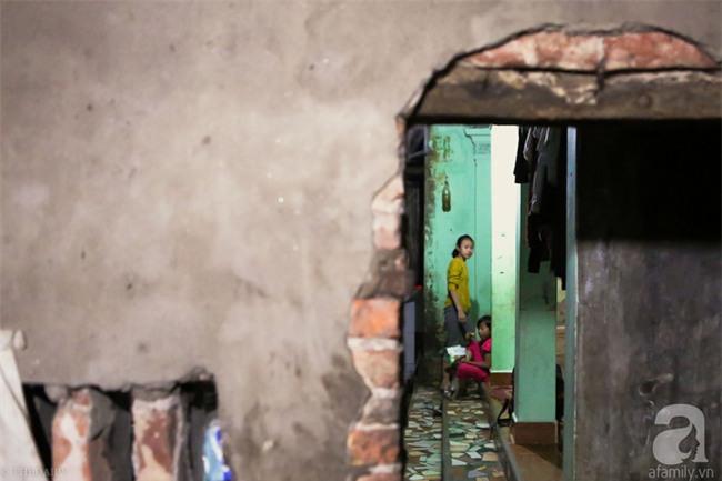 Cảnh nhà bề bộn mà rộn tiếng cười của mẹ siêu mắn đẻ, 29 tuổi có 8 đứa con ở Hà Nội - Ảnh 14.
