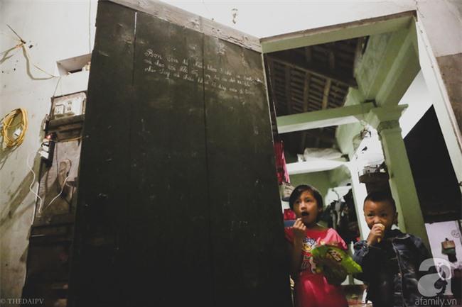Cảnh nhà bề bộn mà rộn tiếng cười của mẹ siêu mắn đẻ, 29 tuổi có 8 đứa con ở Hà Nội - Ảnh 8.