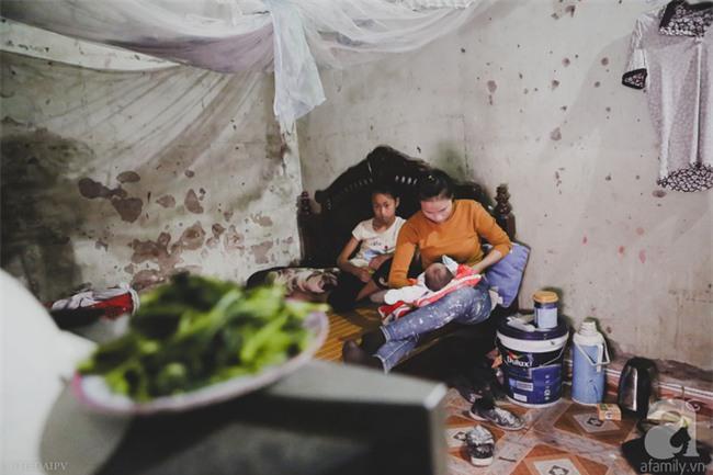 Cảnh nhà bề bộn mà rộn tiếng cười của mẹ siêu mắn đẻ, 29 tuổi có 8 đứa con ở Hà Nội - Ảnh 9.