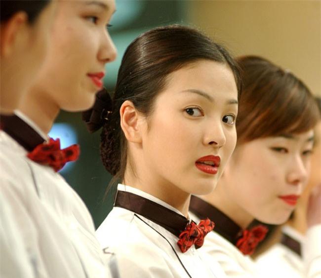 Nhìn vai diễn cách đây 14 năm của Song Hye Kyo và Han Ji Min, không ai nghĩ họ chỉ hơn nhau 1 tuổi - Ảnh 2.