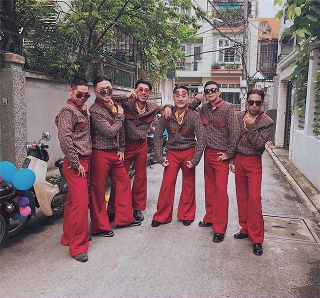 Cả thế giới ra mà xem: Đám cưới sau 9 năm yêu với màn rước dâu tăng động cực chất của cặp đôi Sài Gòn - Ảnh 5.