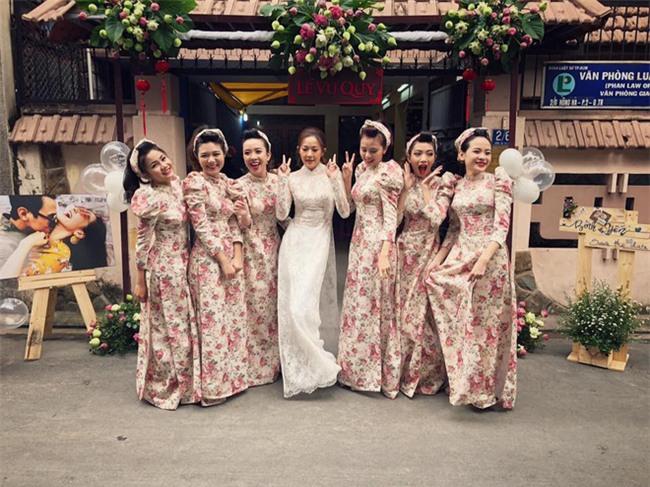 Cả thế giới ra mà xem: Đám cưới sau 9 năm yêu với màn rước dâu tăng động cực chất của cặp đôi Sài Gòn - Ảnh 6.