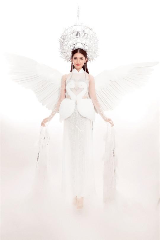 Trang phục dân tộc dự thi Hoa hậu Quốc Tế của Thùy Dung bị chê quê mùa và thiếu tinh tế-3