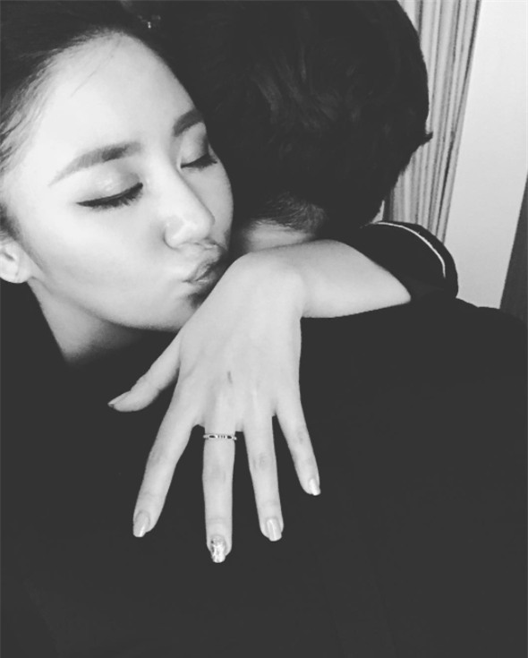 Văn Mai Hương đã chia tay bạn trai sau hơn một năm yêu nhau lặng lẽ - Ảnh 4.