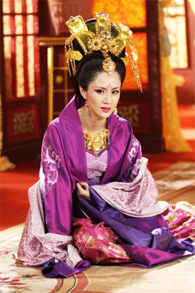 Hoàng hậu xinh đẹp mà vô đạo bậc nhất Trung Hoa xưa: Vu oan em gái để cướp ngôi, ngoại tình với thái giám, hãm hại vua - Ảnh 5.