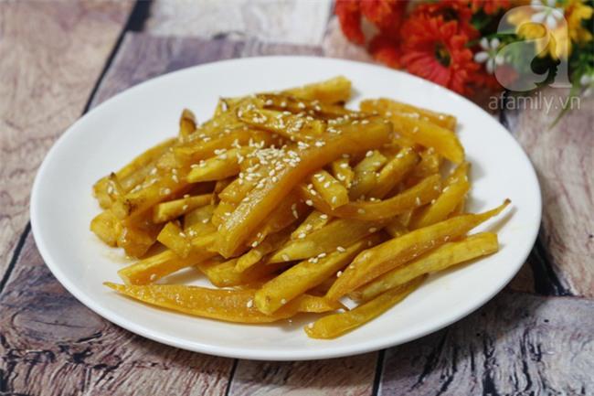 Mùa thu se lạnh, ăn khoai lang chiên bơ thơm lừng là hợp nhất - Ảnh 5.