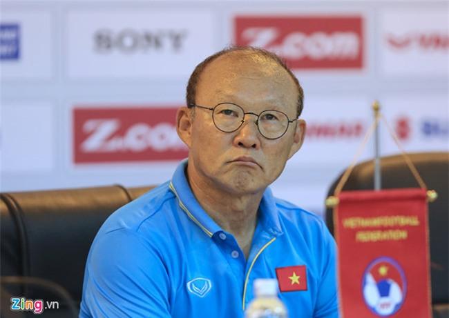 HLV Park Hang-seo: 'Toi khong he uu ai Cong Phuong hay Xuan Truong' hinh anh 2