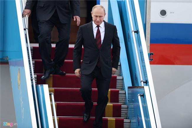 Chuyen co cho Tong thong Putin den Da Nang du APEC hinh anh 9