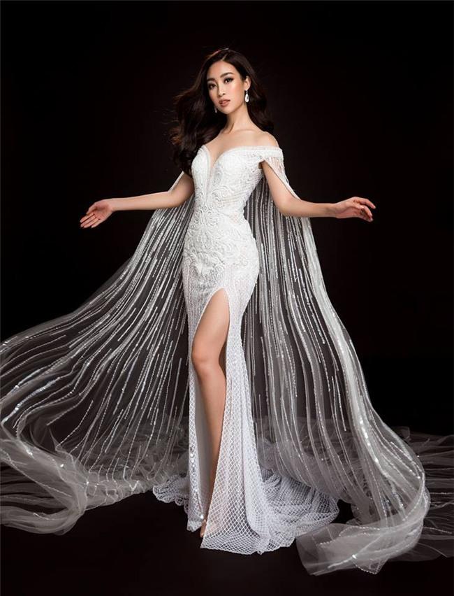 Mỹ Linh quyến rũ tựa nữ thần trong loạt trang phục dạ hội mang đến Miss World 2017 - Ảnh 3.