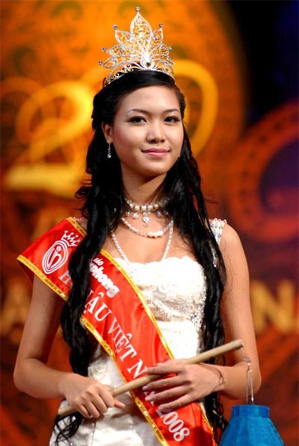 Hoa hậu Thùy Dung - cuộc trốn chạy khỏi hào quang vương miện