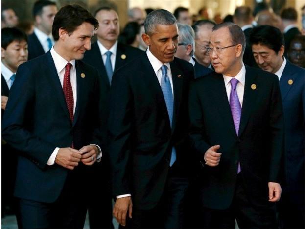 Đi công du tới đâu, Thủ tướng Justin Trudeau cũng phong thái ngời ngời, thu hút mọi ánh nhìn từ mọi người - Ảnh 1.