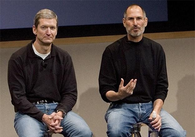 Apple duoi thoi Tim Cook khac xa Steve Jobs