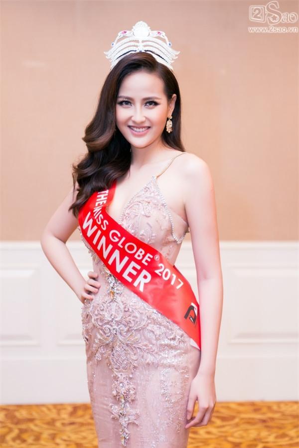 Hoa hậu Hoàn cầu Khánh Ngân: Không đủ tiền để mua giải khi lông mi giả còn phải đi mượn thí sinh khác-1