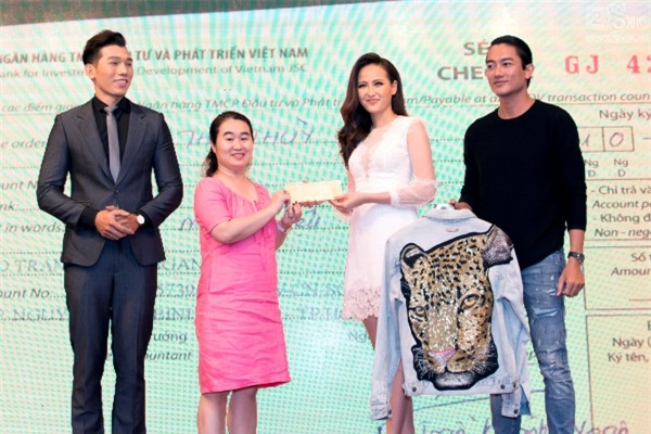 Hoa hậu Hoàn cầu Khánh Ngân: Không đủ tiền để mua giải khi lông mi giả còn phải đi mượn thí sinh khác-6