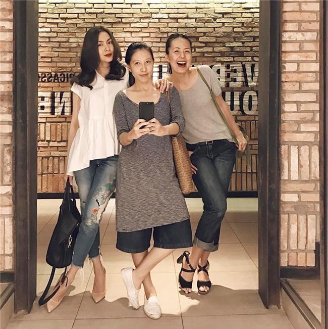 Hội bạn thân Hà Tăng: 10 năm từ các cô gái đôi mươi đến những người mẹ bỉm sữa vẫn bên nhau như tri kỉ! - Ảnh 10.
