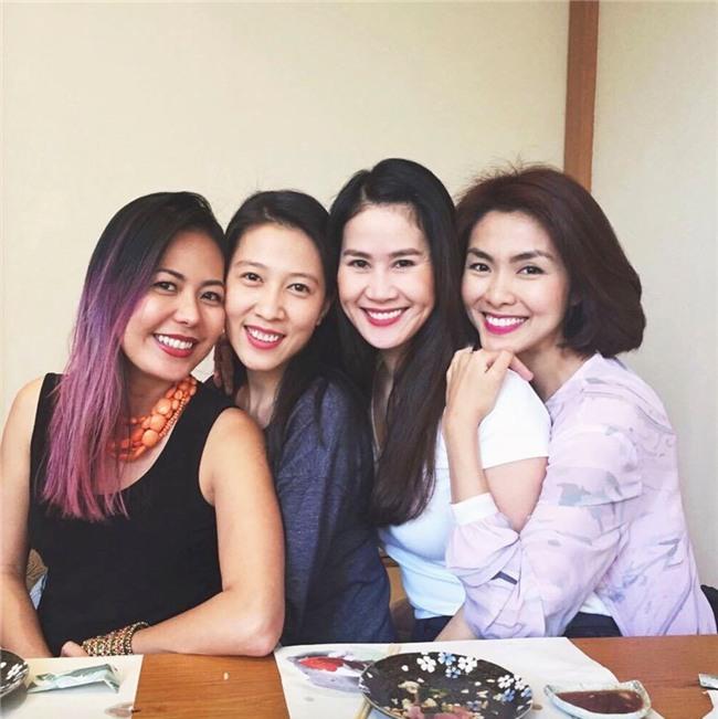 Hội bạn thân Hà Tăng: 10 năm từ các cô gái đôi mươi đến những người mẹ bỉm sữa vẫn bên nhau như tri kỉ! - Ảnh 8.