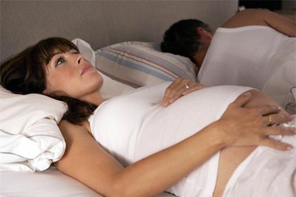 Tôi bị chồng nói không biết xấu hổ chỉ vì đòi hỏi chuyện chăn gối - Ảnh 2.