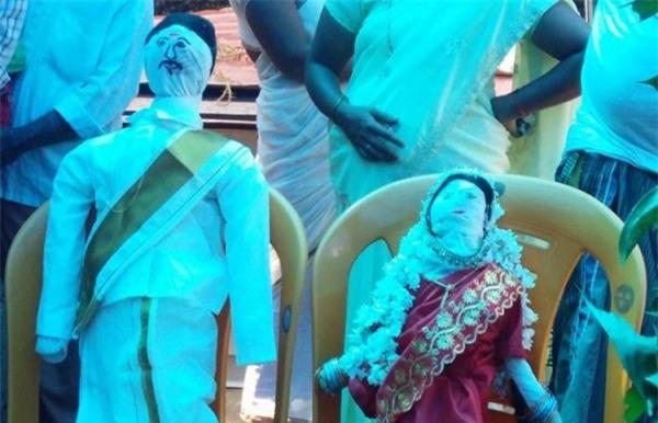 Tổ chức 'đám cưới ma' cho những đứa trẻ đã chết - tục lệ lạ lùng vẫn tồn tại ở Ấn Độ - Ảnh 1.