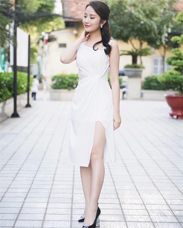 Khám phá gu thời trang bánh bèo mà không sến súa của tình mới thiếu gia Phan Thành-1