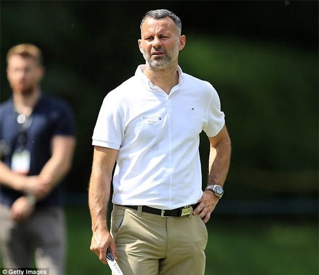 Nhiều tờ báo Anh đưa tin về vụ Ryan Giggs làm Giám đốc bóng đá Học viện PVF ở Hưng Yên
