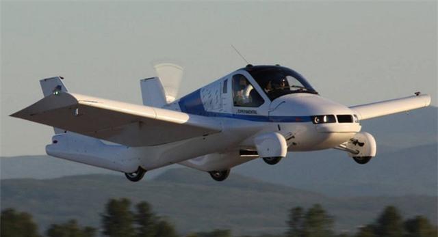 Mẫu Transition của Terrafugia đã bay thử nghiệm thành công hồi năm 2012