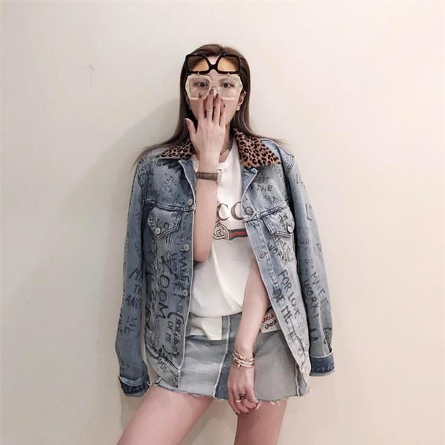 Đơn giản hết mức, nhưng áo phông của Gucci vẫn được các sao Việt và các fashionista thi nhau mặc - Ảnh 21.