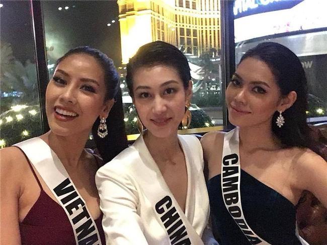 Loạt nhan sắc thảm họa xuất hiện tại Miss Universe 2017 khiến người xem... hết hồn-1