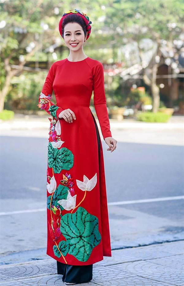 Diện đầm xanh tỏa sáng, Đỗ Mỹ Linh đẹp xuất sắc đứng top 1 thảm đỏ tuần này-4