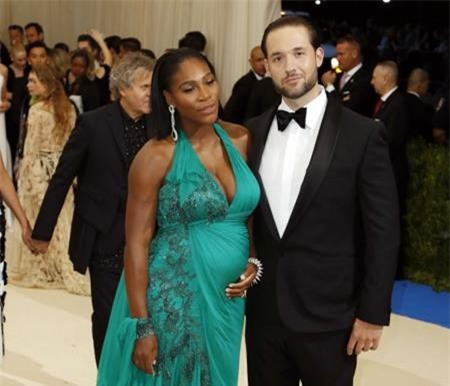 Rất nhiều fans háo hức mong chờ hôn lễ của Serena Williams và vị hôn phu