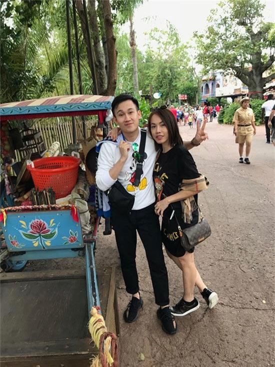Trong gia đình Hoài Linh, Dương Triệu Vũ và Phương Trang thường xuyên di du lịch cùng nhau. - Tin sao Viet - Tin tuc sao Viet - Scandal sao Viet - Tin tuc cua Sao - Tin cua Sao