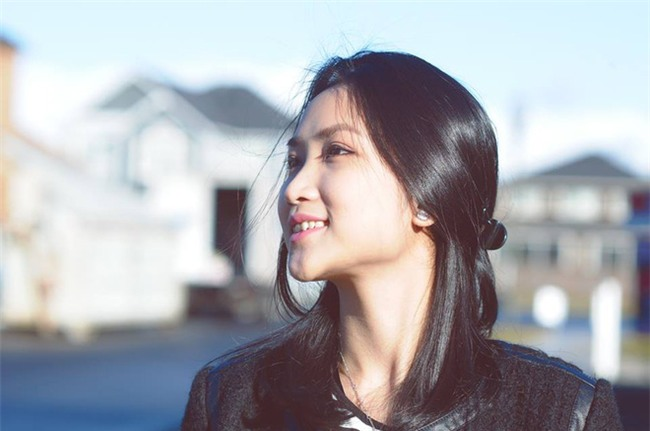 Chân dung cô vợ 9X xinh đẹp, khéo léo được anh Hai Lam Trường khen hết lời - Ảnh 1.