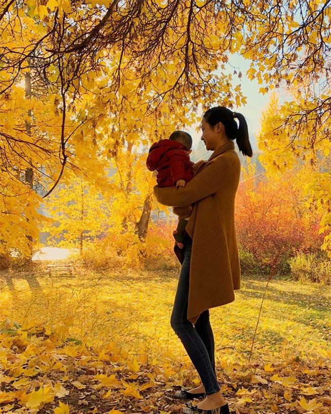 Chân dung cô vợ 9X xinh đẹp, khéo léo được anh Hai Lam Trường khen hết lời - Ảnh 15.
