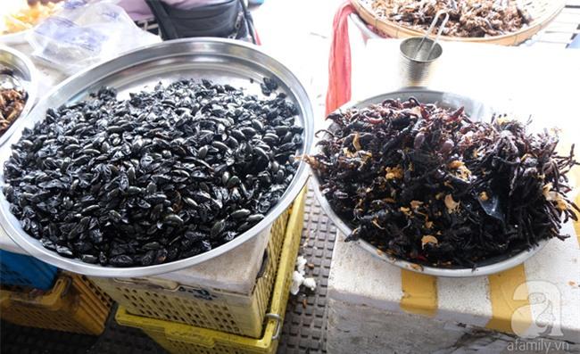 Những món ăn đường phố chỉ nhìn thôi đã ứa nước miếng thèm thuồng của Campuchia - Ảnh 8.