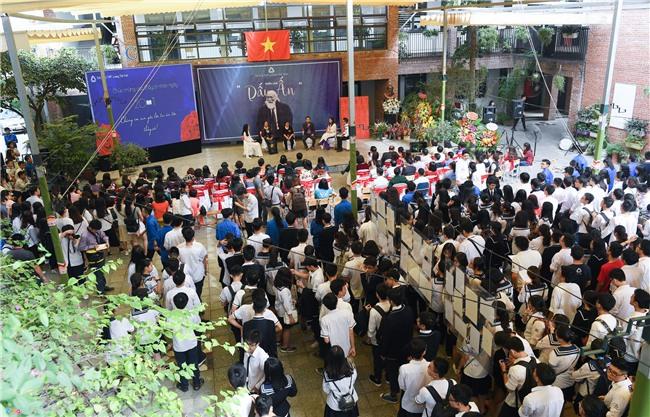 28.000 hac giay tuong nho thay Van Nhu Cuong hinh anh 1
