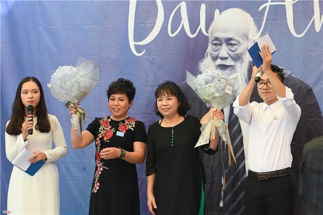 28.000 hac giay tuong nho thay Van Nhu Cuong hinh anh 3
