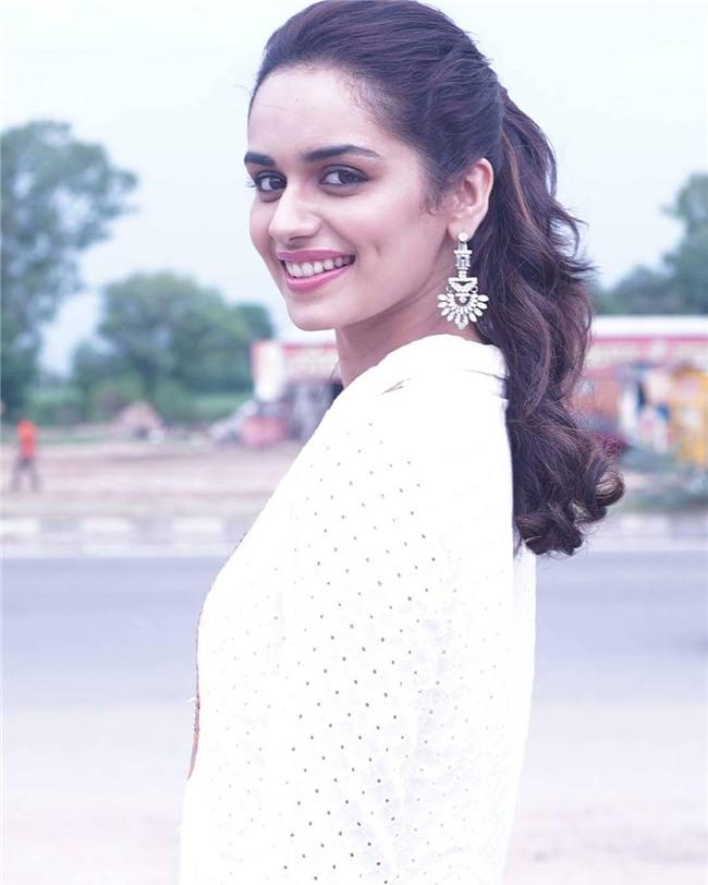 Nhan sắc ngắm là mê của người đẹp Ấn Độ vừa đăng quang Hoa hậu Thế giới 2017-5