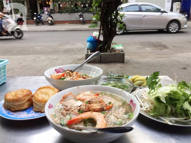 Tiệm hủ tiếu 70 tuổi mà vẫn Thanh Xuân, thôi miên người Sài Gòn bằng hương vị bí truyền - Ảnh 12.