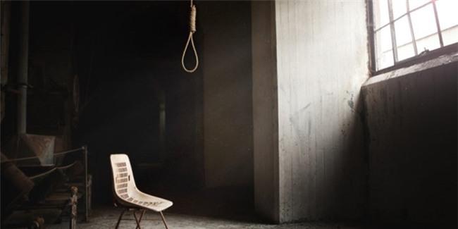 Huế: Vợ chồng giáo viên chết bất thường tại nhà riêng - Ảnh 1.
