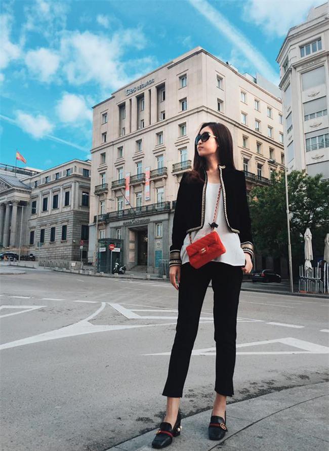 Đỗ Mỹ Linh - Nàng Hoa hậu Nhân Ái luôn ghi điểm trong mắt mọi người với phong cách thời trang giản dị - Ảnh 11.