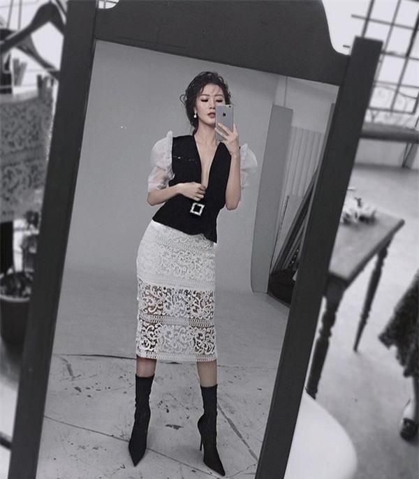 Phong cách gợi cảm của thí sinh lật kèo Phạm Hương để về với đội Kỳ Duyên-10