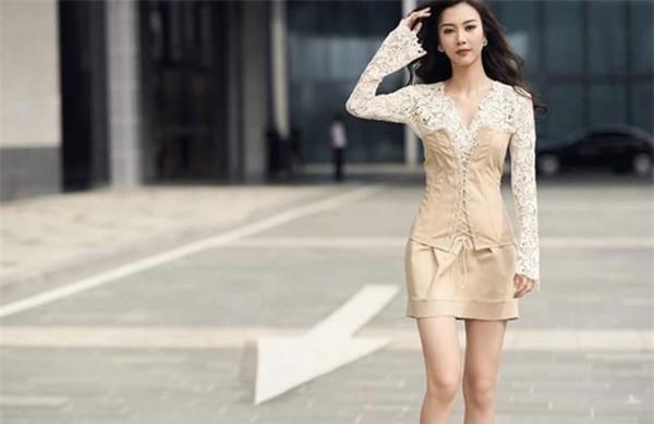 Phong cách gợi cảm của thí sinh lật kèo Phạm Hương để về với đội Kỳ Duyên-9