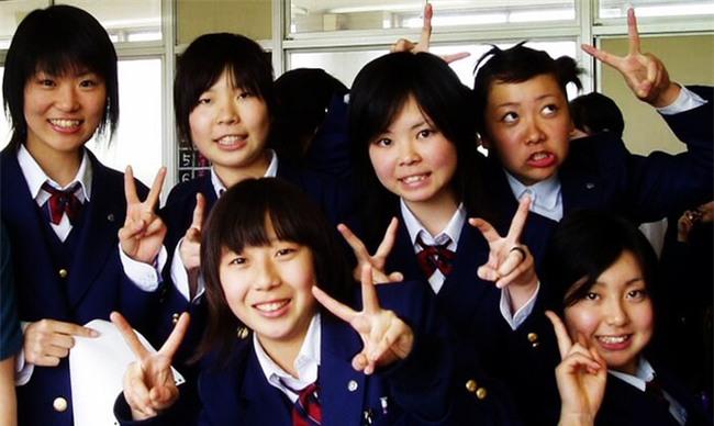 15 quy định hà khắc trong trường học Nhật Bản sẽ khiến con phải biết ơn vì độ mềm mỏng của bố mẹ ở nhà - Ảnh 10.