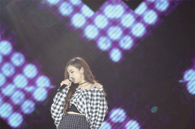Cô gái Đà Nẵng cover ca khúc của Chi Pu được nhận xét hay hơn bản gốc  - Ảnh 4.