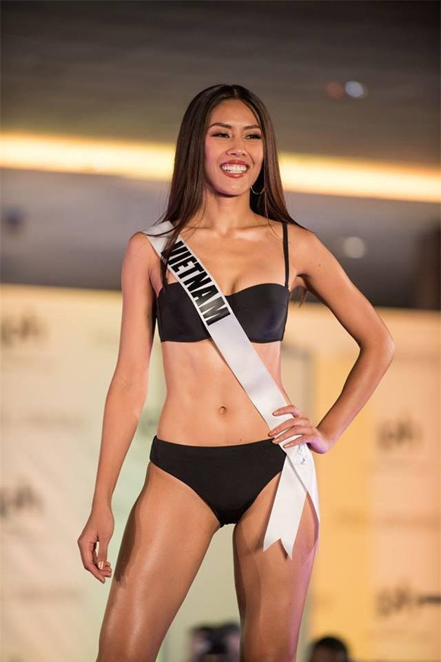 Nguyễn Thị Loan tự tin tỏa sáng trong đêm bán kết Hoa hậu Hoàn vũ 2017 vẫn trượt top 15 bình chọn của Missosology - Ảnh 3.