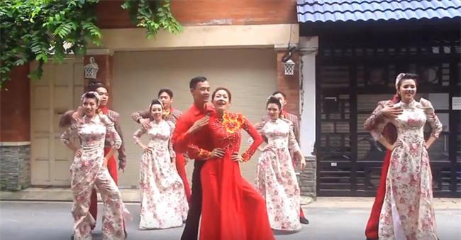 Những lễ đính hôn phá cách của các cặp thánh lầy khuấy đảo mùa cưới 2017 - Ảnh 11.