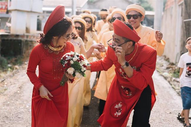Những lễ đính hôn phá cách của các cặp thánh lầy khuấy đảo mùa cưới 2017 - Ảnh 6.