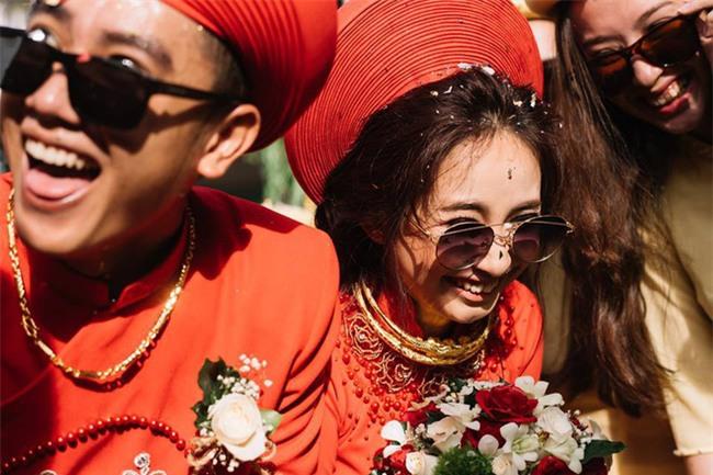 Những lễ đính hôn phá cách của các cặp thánh lầy khuấy đảo mùa cưới 2017 - Ảnh 7.
