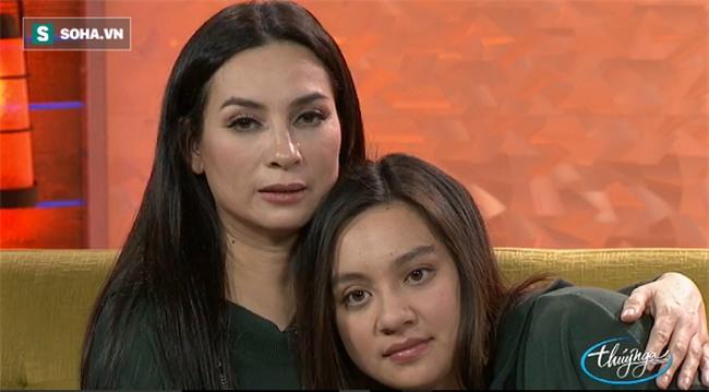 Con gái ruột của Phi Nhung: Nhớ mẹ quá, tôi ôm áo quần của mẹ quấn quanh người vì ở đó có mùi mẹ  - Ảnh 4.